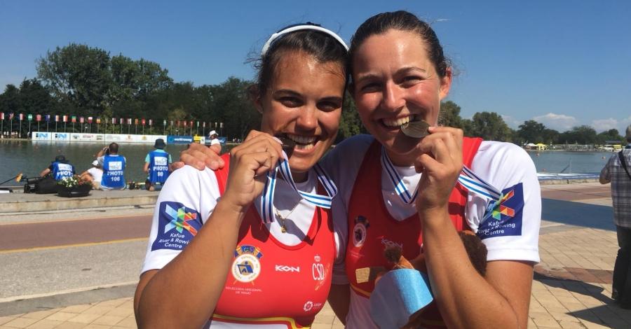 Medalla històrica d'Aina Cid i Anna Boada al Mundial de Rem