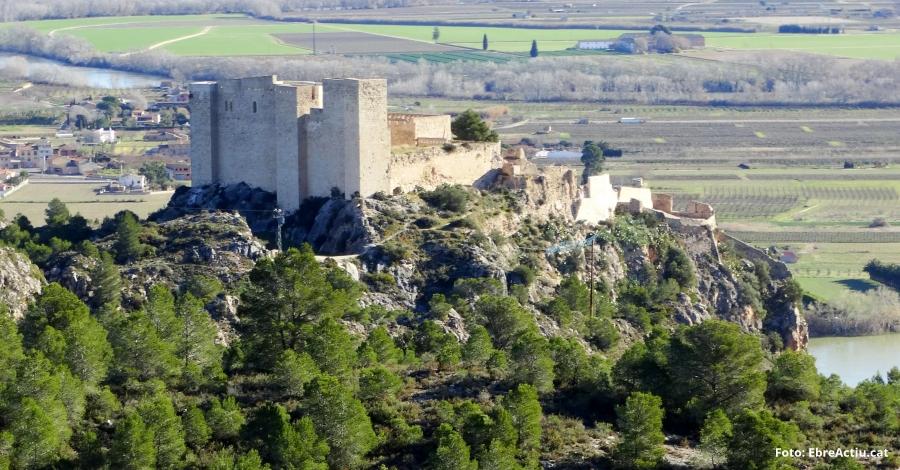 Aprendre història medieval visitant el Castell de Miravet