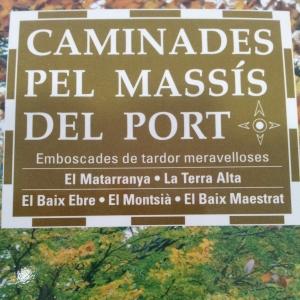 «Caminades pel Massís del Port», de Vicent Pellicer Ollés
