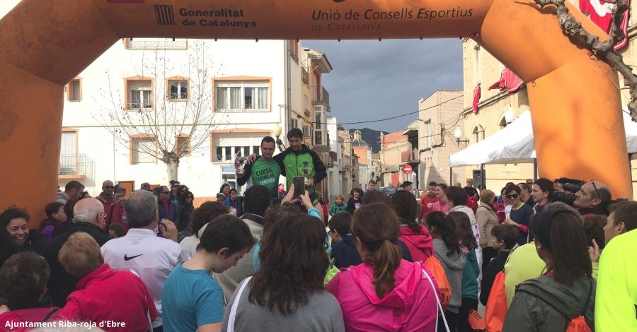 La I Cursa Popular de Santa Agda de Riba-roja d'Ebre aplega més de 250 persones