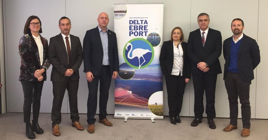 Delta Ebre Port presenta la primera Guia nàutica de les Terres de l'Ebre