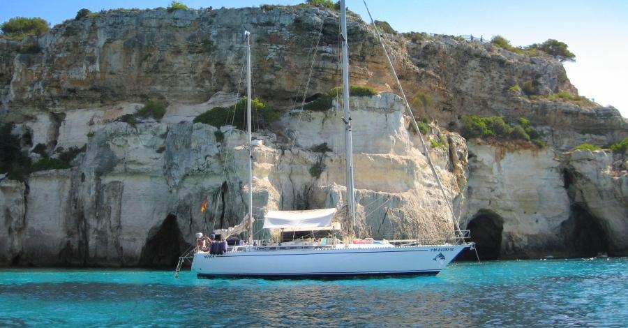Planetagua, viatges plens d´experiències amb el veler Nòmada