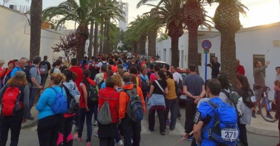700 persones caminaran per Sant Jordi, sota la lluna plena pel delta de l'Ebre