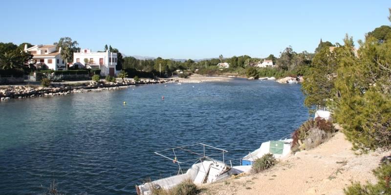 La Generalitat impulsa la recuperació ambiental del port natural de l'Estany, a l'Ametlla de Mar