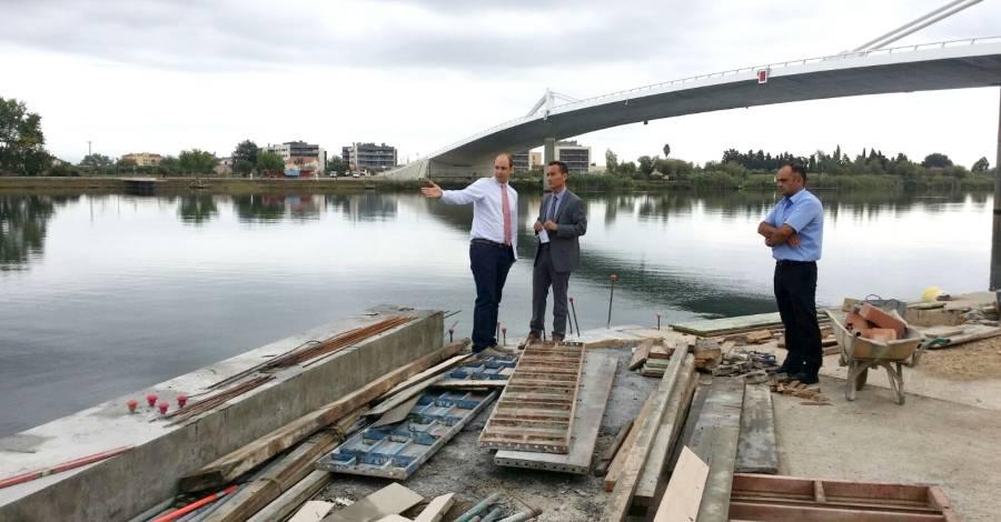 El gerent de Ports visita les obres de l'embarcador de Sant Jaume d'Enveja  | EbreActiu.cat, revista digital per a la gent activa