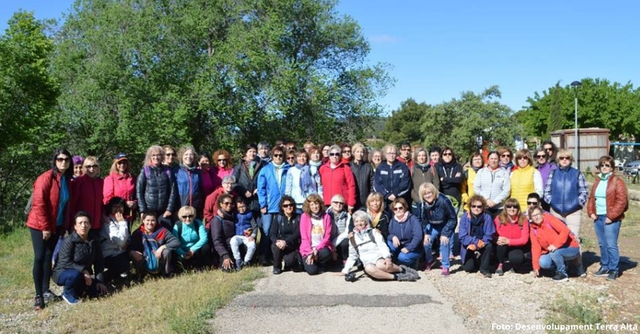 Celebrada una nova edició de la Caminada de dones per la Via Verda de la Terra Alta