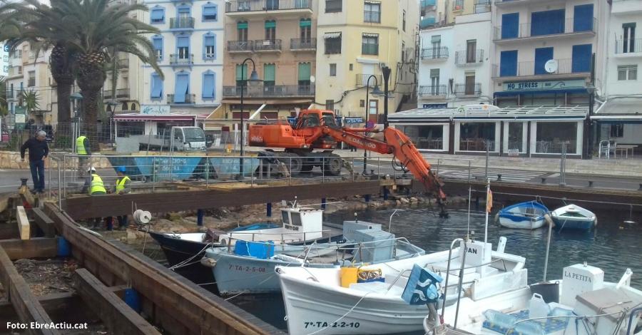Ports de la Generalitat inicia la neteja d'una part del fons marí al port de l'Ametlla de Mar