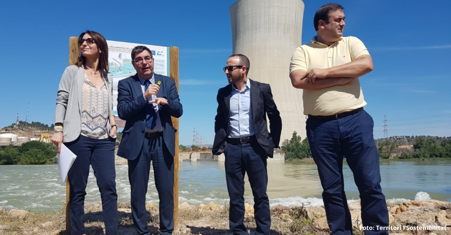 Construeixen la rampa per a peixos més gran de Catalunya a Ascó