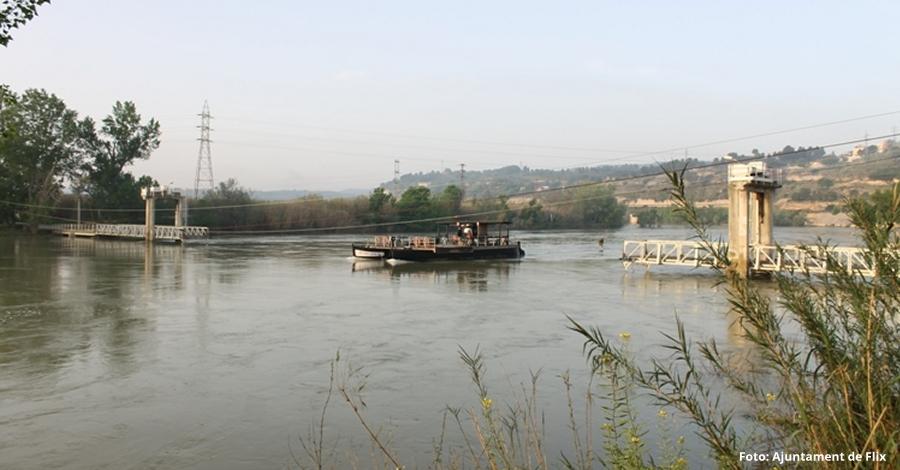 Restablert el servei de pas de barca de Flix